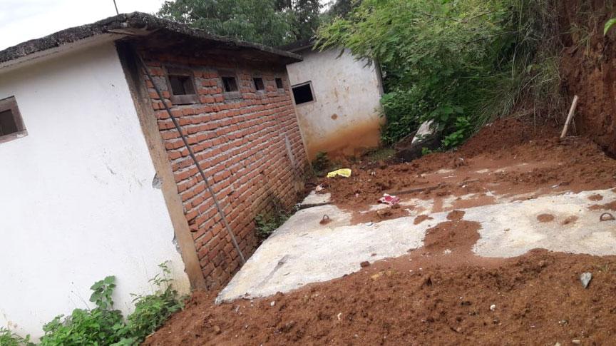 S'acaba la construcció de dues fosses sèptiques per a l'escola secundària Kyamin